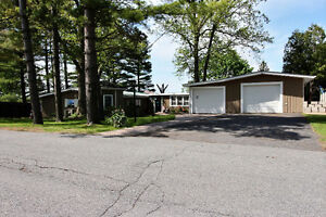 Waterfront home Summerstown Ont 2 Bed 2 Bath Must View