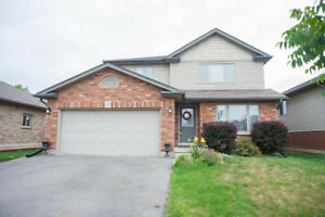 40 Mission Road - NEWLY RENOVATED BASEMENT!