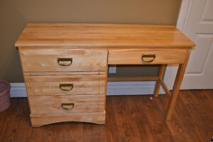 Solid Maple Youth Desk