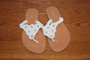 George white sandals size 8
