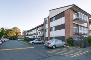 Lovely Richmond 3Br/2Ba Condo For Sale - Newly Renovated