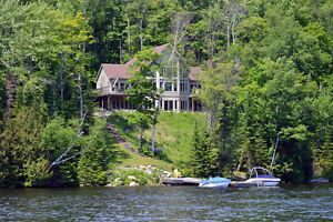 Stunning Executive Lakefront Cottage/Home on Soyers Lake!
