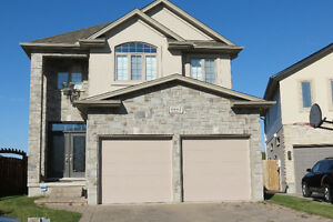 LIKE NEW!! Available for a quick possession. London Ontario image 1