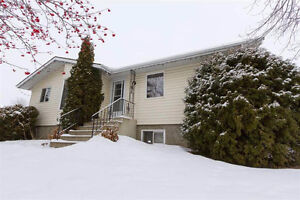 Great 5 Bedroom Home in Sakaw!!!