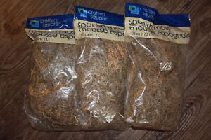 BRAND NEW 125 CU IN/ 2L BAGS OF SPANISH MOSS