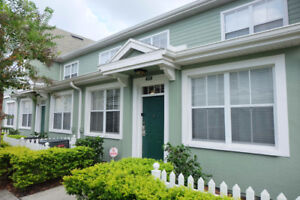 3BDR GATED TOWNHOUSE NEAR DISNEY