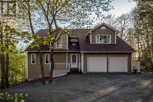 Halifax Lakefront House FOR RENT- Lake Loon- Montague Estates
