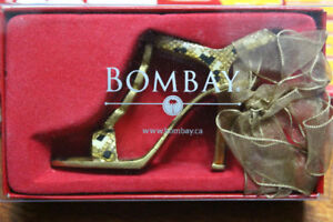 Miniature Bombay Metal Shoe Sandal