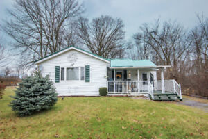 OPEN HOUSE SUNDAY - 2BDRM/1 BATH HOME/GREAT FOR 1ST TIME BUYERS!