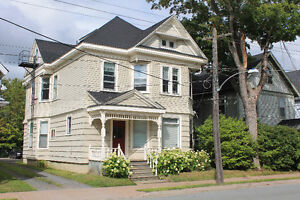 LARGE 2-3 Bedroom Flat with Hardwood floors, Available August 1