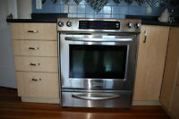 CERAMIC GLASS TOP ELECTRIC RANGE AND OVEN