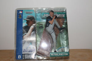 COLLECTIBLE - SPORTS FIGURES