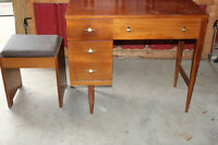 Antique Sewing Machine Table with Bench