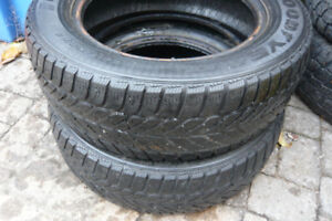 2 x GoodYear Ultragrip 215/60/16 Winter Tires