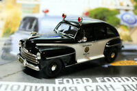 Ford fordor san diego police 1/43 by ixo  die cast model