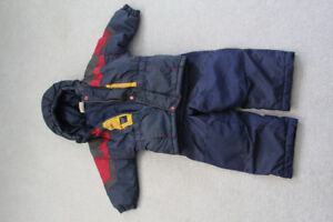 Boys Snowsuit size 18m-24m in great shape
