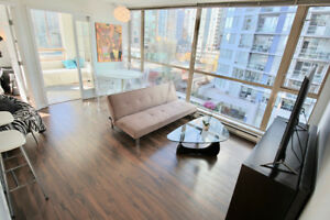 2 bdrm + den 2 bath 805 soft in Downtown Vancouver $768,000