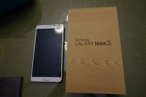Unlocked 32GB Samsung Galaxy Note 3(White)in excellent condition