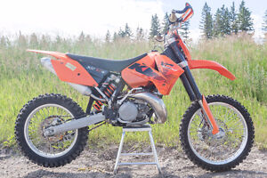 06 KTM 300 XCW and Extras