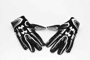 New Under Armour FS football gloves