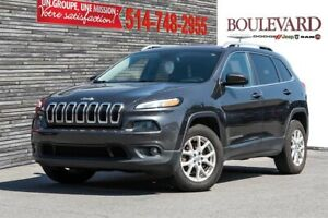 Jeep Cherokee NORTH 4X4 ATTELAGE REMORQUE SIÈGES CHAUFFANTS 2015
