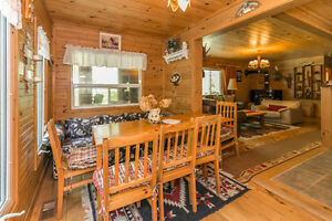 FAMILY COTTAGE BY SPARROW LAKE
