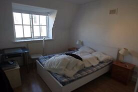 This double room situated on Kings Road, Clifton Arcade