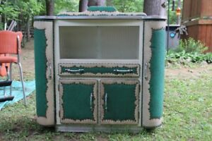 Vintage 50s 60s Kitchen Side Buffet