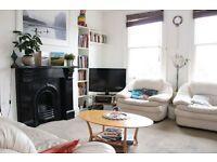 2 bedroom flat in Park Avenue, London, N22