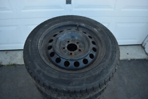 Ford Fusion 205/60/16 Dunlop Snows On Rims 65% Tread