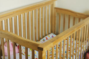 Beautiful Solid Wood Convertable Crib + Non-Toxic Mattress