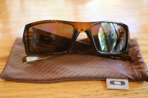 Oakley Men's GASCAN Brown and Gold Sunglasses