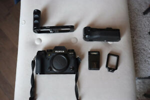 Fuji XT1 with 16-50 f/3.5 lens and more
