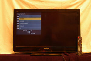 """Panasonic Flat Screen LCD 32"""""""