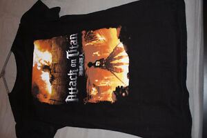 ANIME Attack on Titan/Shingeki no Kyojin Shirt (Hot Topic)