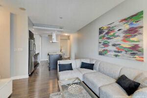 Incredible    Value! 800+ Sq.Ft 2 Bed w. Locker In Humber Bay !