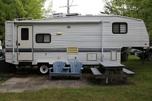 25' Fifth Wheel Terry with Camp lot, Gazebo and Shed