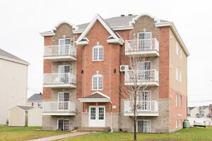 Vaudreuil Large 4 1/2 for rent