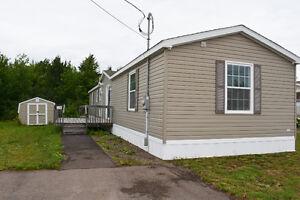 Mini home for sale/ Maison mobile à vendre