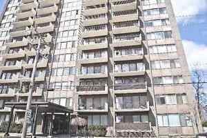 For sale Large condo in csl