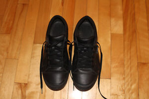 Beautiful Crocs black walking shoes.Size 11. Almost New!!