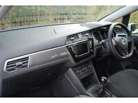 2017 Volkswagen Touran S 1.6 TDI BMT 115PS 6-speed Man 5 Door Diesel white Manua