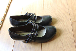Hush Puppies Black leather shoes