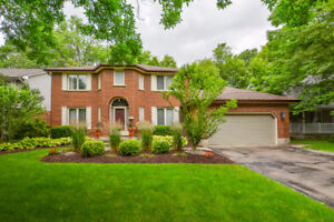 Custom Built Lakeshore North 4 Bed Home For Sale