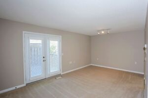 Move in Condition, End unit with walkout. London Ontario image 2