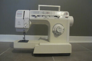 New Singer Delux Free-Arm Sewing Machine