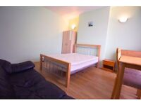 Lovely Double Room For Rent In East Ham £655pcm