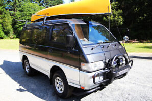 1993 Mitsubishi Delica L300 Excellent Condition 4CYL 2.5L Diesel