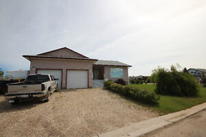 HUGE PRICE DROP!! Fully Finished Bungalow in Beaverlodge 4 Sale!