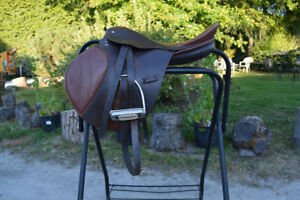 ENGLISH ALL PURPOSE SADDLE and saddle pad- $250